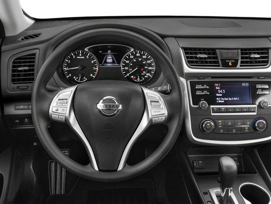 Black Nissan Altima >> 2018 Nissan Altima 2 5 Sr